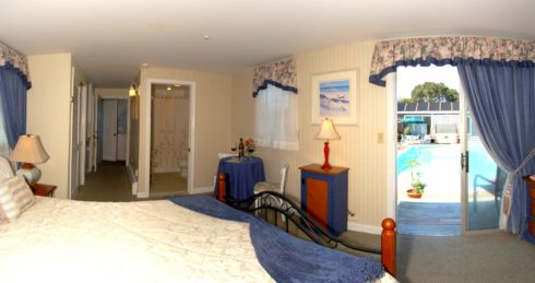 Photo of Sweet 6 bed and pool area